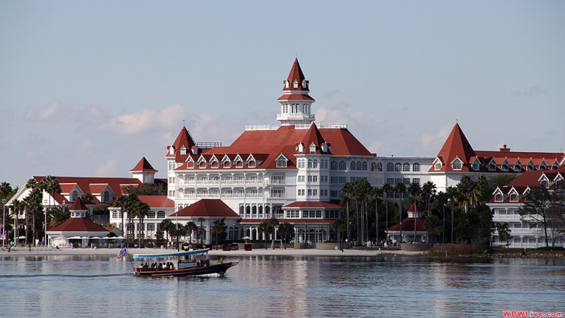 disney-grand-floridian-boat-2-9-800x450